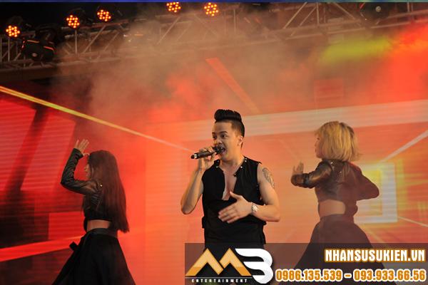 Cao Thái Sơn xuất hiện đầy bất ngờ tại sự kiện ở Hà Nội