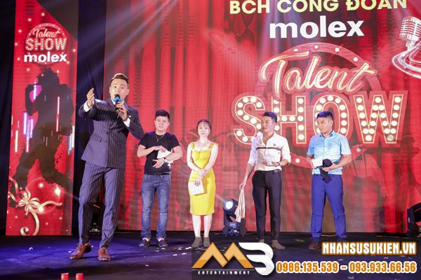 MC Lâm Phương chiếm trọn tình cảm của 450 khán giả tại